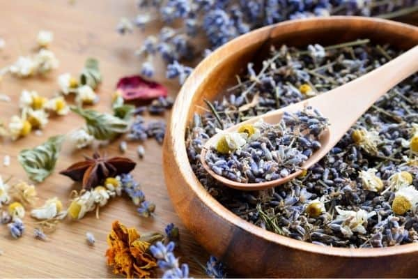 dried herbs for rabbitry supplies